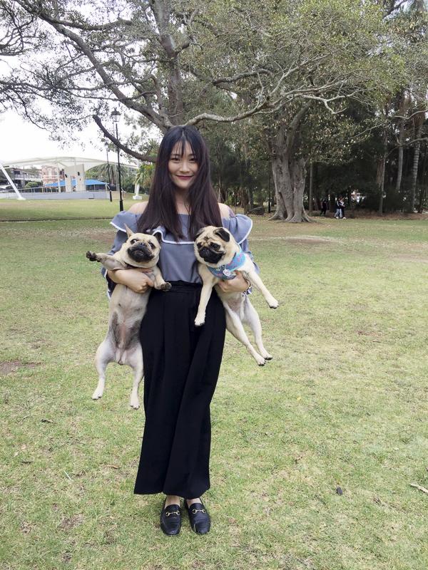 Amber's Pug Parent Profile | www.thepugdiary.com