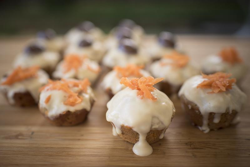 Carrot Pupcakes Recipe | www.thepugdiary.com