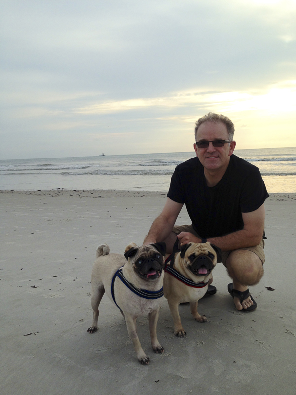Jane + Chris' Pug Parent Profile | www.thepugdiary.com
